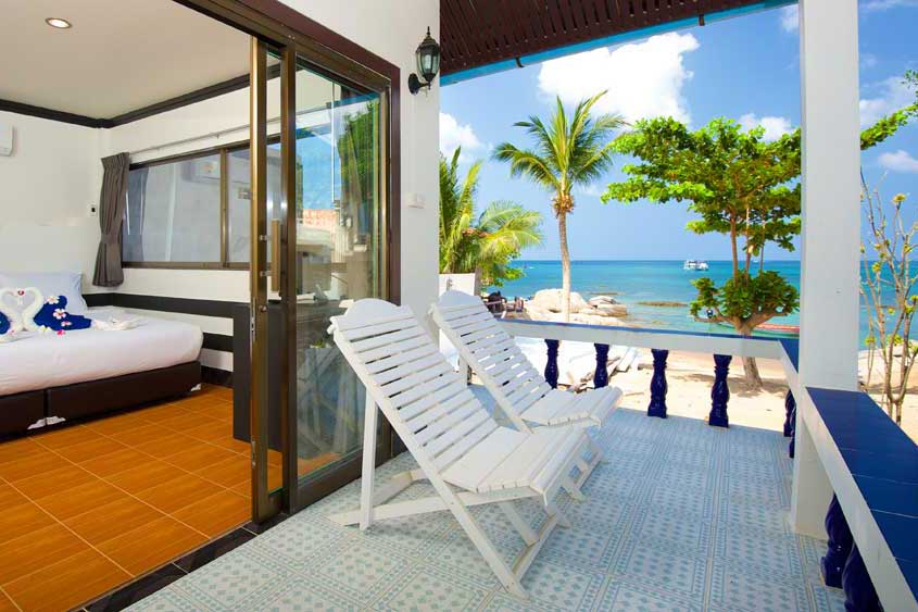 Koh Tao accommodation with beach and seaview